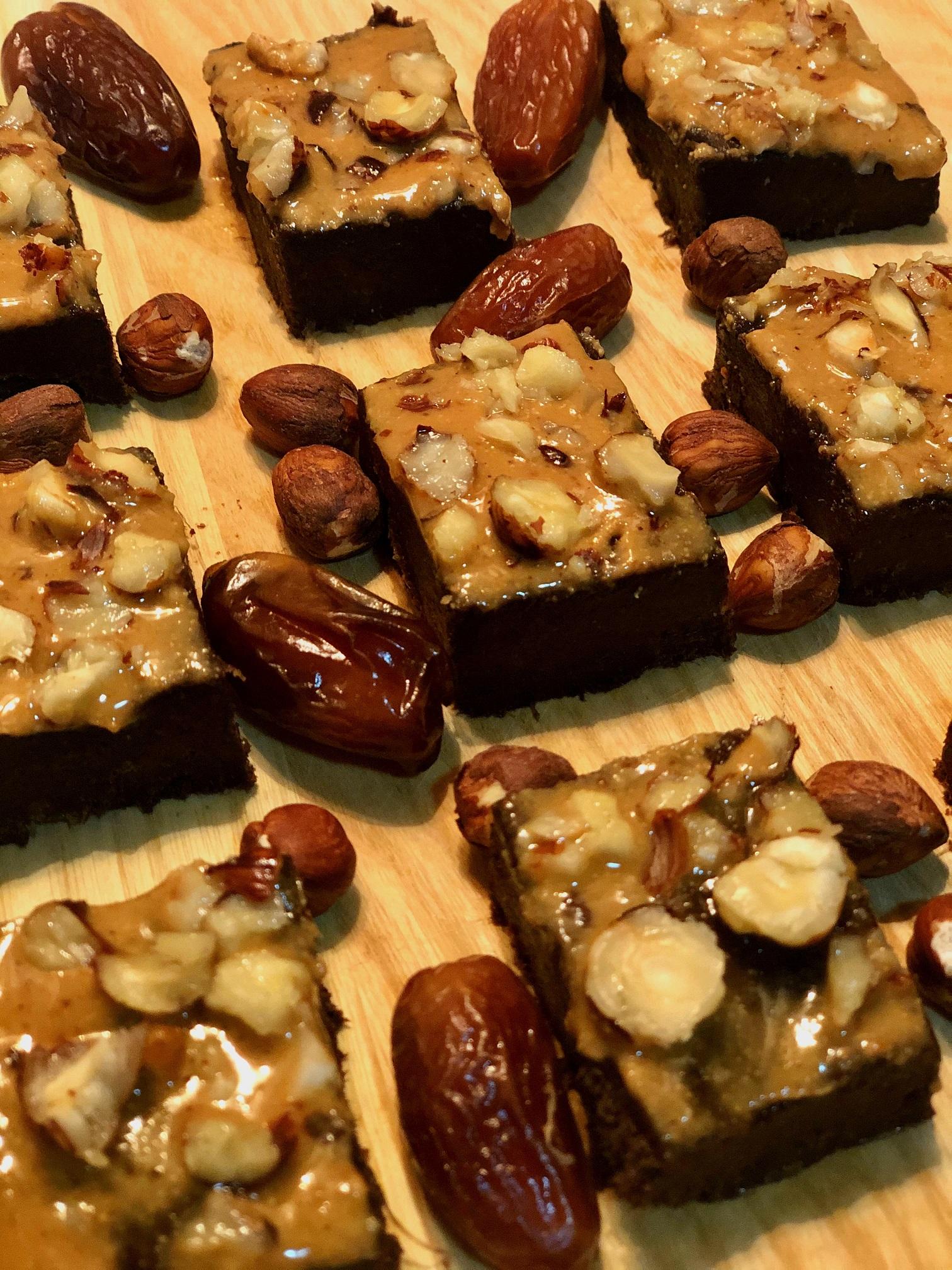 Lešnikovi browniji brez peke