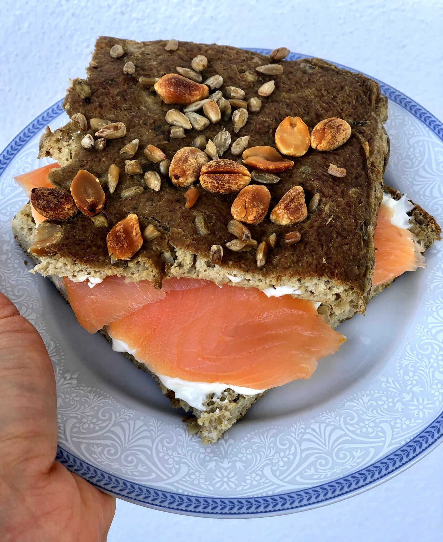 Sunflower bread with lentils and peanuts