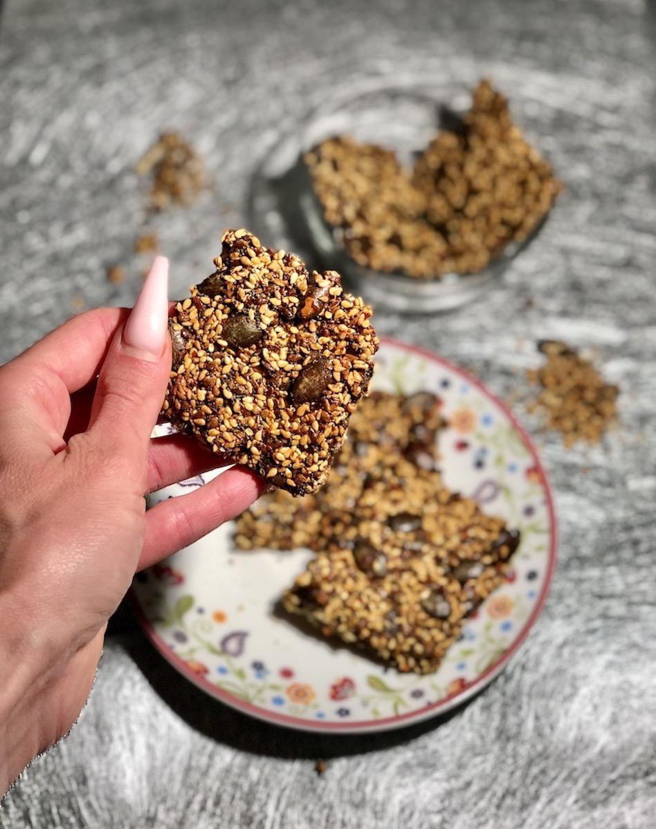 Čilijevi krekerji iz semen z makom
