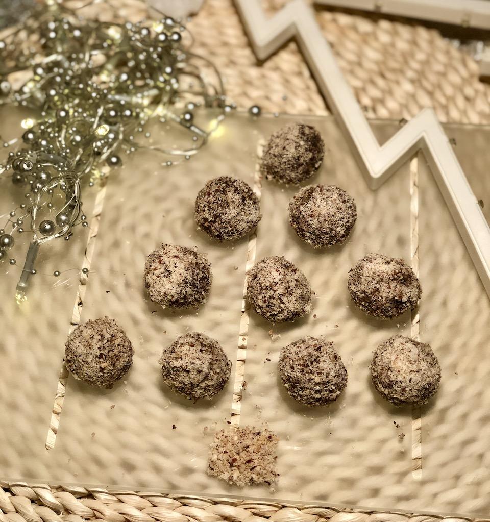 Lešnikovo-čokoladne kroglice