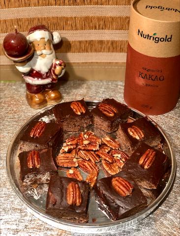 Kavno-sezamovi browniji s tahinijem in z ameriškimi orehi